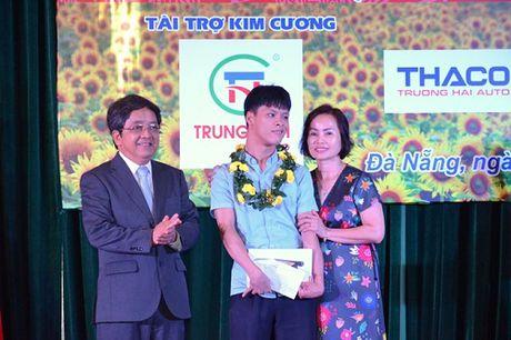 Chang trai nhiem chat doc da cam chinh phuc uoc mo thanh ky su CNTT - Anh 2