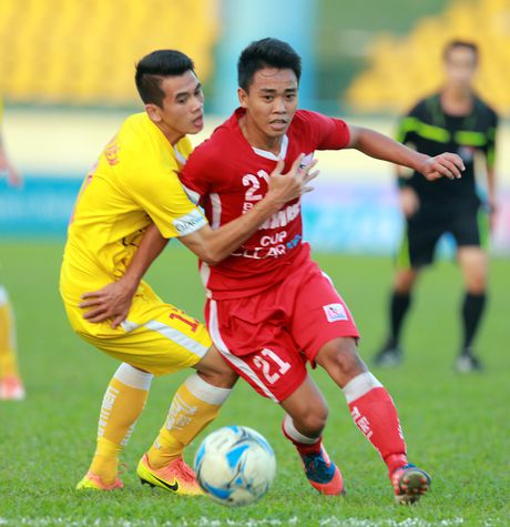 Suc bat U-19 giup U-21 Ha Noi T&T bao ve ngoi vo dich - Anh 1