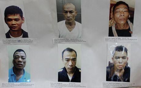 Loi khai giang ho na dan AK ban chet nhan vien khach san - Anh 1