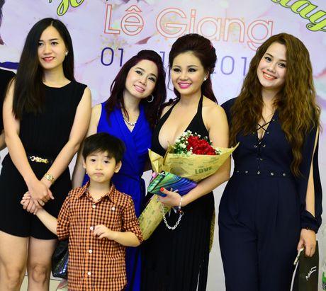 Sao Viet den chuc mung sinh nhat dien vien hai Le Giang - Anh 5