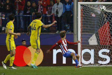 Ket qua bong da Champions League: PSG, Atletico 'hoi sinh' o phut chot - Anh 1