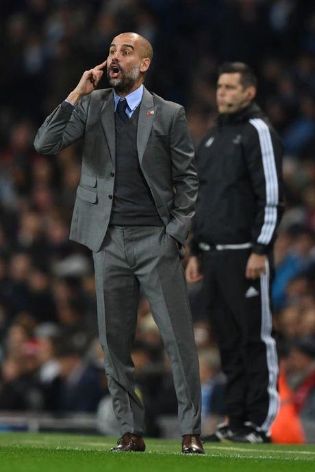 8 sac thai cam xuc cua Pep Guardiola trong ngay Man City ha Barcelona - Anh 3