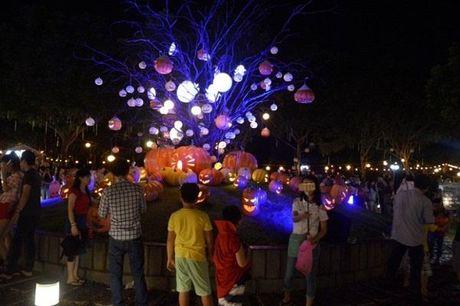 Halloween tung bung tai Phu My Hung - Anh 2