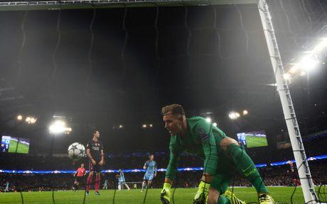 Cham diem Man City 3-1 Barca: Kevin de Bruyne che mo Messi - Anh 14