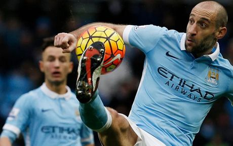 Cham diem Man City 3-1 Barca: Kevin de Bruyne che mo Messi - Anh 3