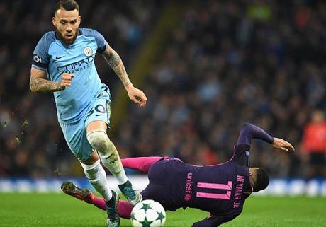 Cham diem Man City 3-1 Barca: Kevin de Bruyne che mo Messi - Anh 5