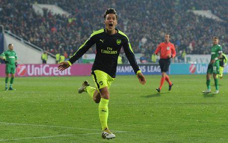 Oezil va 5 ngoi sao ruc sang nhat o Champions League rang sang 2/11 - Anh 10