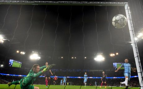 Oezil va 5 ngoi sao ruc sang nhat o Champions League rang sang 2/11 - Anh 5
