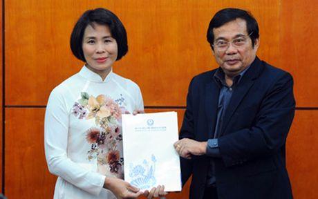 Ba Le Thi Hoang Yen nham chuc Pho Tong cuc truong Tong cuc TDTT - Anh 1