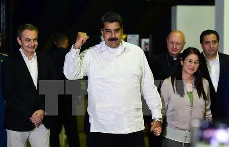 Tong thong Venezuela hoan nghenh thien chi cua phe doi lap - Anh 1