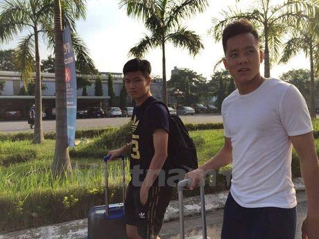 HLV Hoang Anh Tuan va U22 Viet Nam hoi quan o quan caphe - Anh 1