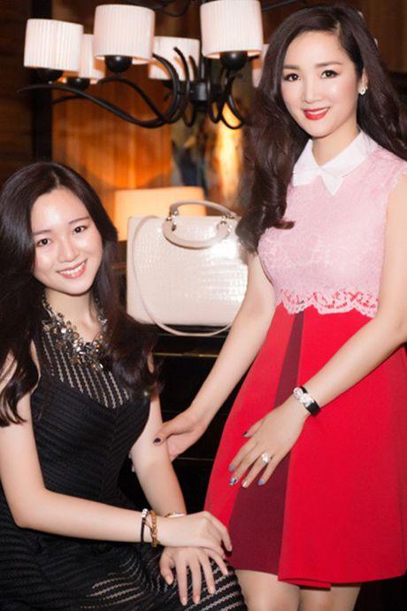 Soi khoi hang hieu 'kech xu' cua Hoa hau Giang My - Anh 3
