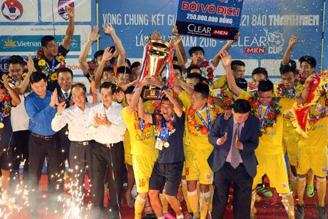 Nguoc dong thanh cong, U21 Ha Noi T&T bao ve thanh cong chuc vo dich - Anh 1