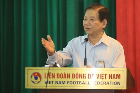 Nguyen Chu tich nuoc Nguyen Minh Triet tham va dong vien cac DTQG - Anh 2