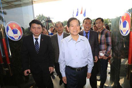 Nguyen Chu tich nuoc Nguyen Minh Triet tham va dong vien cac DTQG - Anh 4