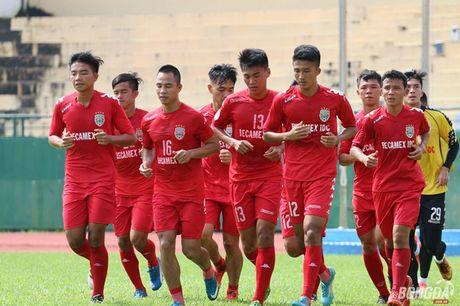 Ong Su 'go' doi non Barca khi dan dat Chelsea Viet Nam - Anh 2