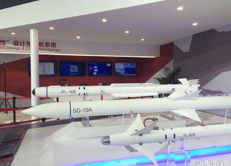 Thuc hu ten lua PL-10E 'dang cap the gioi' cua Trung Quoc - Anh 7