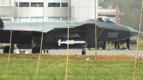Thuc hu ten lua PL-10E 'dang cap the gioi' cua Trung Quoc - Anh 8