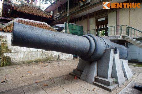 Kham pha bo suu tap sung than cong sieu khung o Sai Gon - Anh 2