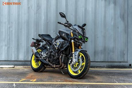 Yamaha MT-10 - Transformer 2 banh gia 557 trieu dong - Anh 12