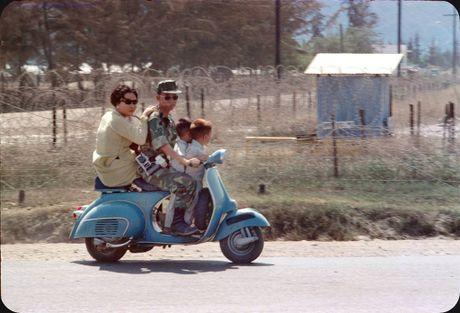 Bo anh cuc doc ve xe may o Nha Trang nam 1969 - Anh 3