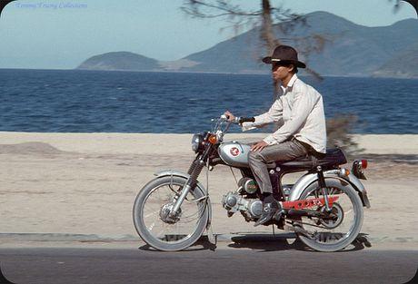 Bo anh cuc doc ve xe may o Nha Trang nam 1969 - Anh 4