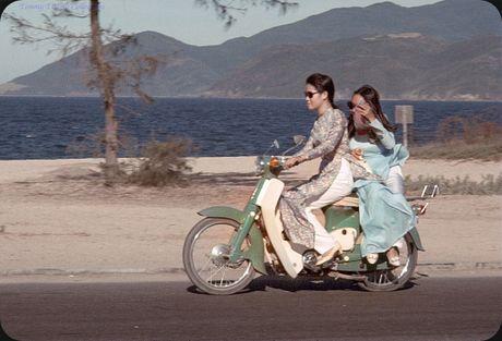 Bo anh cuc doc ve xe may o Nha Trang nam 1969 - Anh 8