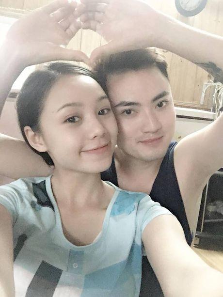 Hot girl 'Vo nguoi ta' khoe mat moc xinh dep kho tin - Anh 4