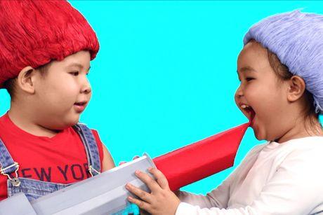 Dan sao nhi hoa than 'quy lun tinh nghich' trong MV moi - Anh 6