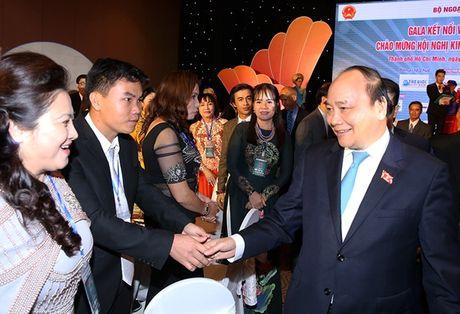 Thu tuong: Viet Nam dang tap trung tai co cau nen kinh te, doi moi mo hinh tang truong - Anh 1