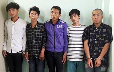 """Triet pha nhom 9X chuyen """"san"""" tai san cua nguoi di duong - Anh 1"""