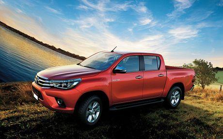 Toyota nang cap, giam gia Hilux - Anh 1