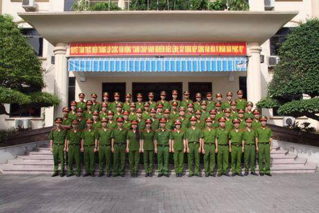 Sinh vien DH Phong chay Chua chay lung linh trong bo anh ky yeu - Anh 13
