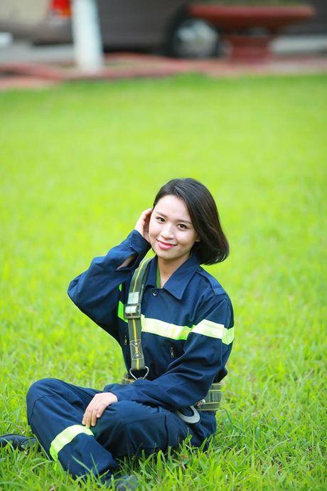 Sinh vien DH Phong chay Chua chay lung linh trong bo anh ky yeu - Anh 8