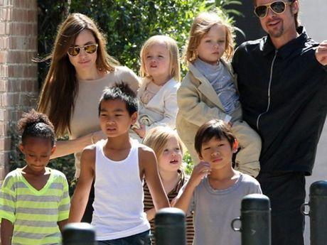 Pax Thien – con trai goc Viet cua Angelina Jolie doi o voi Brad Pitt - Anh 3