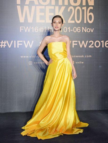 My Linh, Thanh Tu, Toc Tien do sac tren tham do 'Fashion Week 2016' - Anh 13