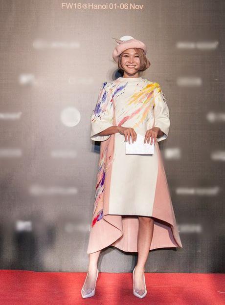 My Linh, Thanh Tu, Toc Tien do sac tren tham do 'Fashion Week 2016' - Anh 16