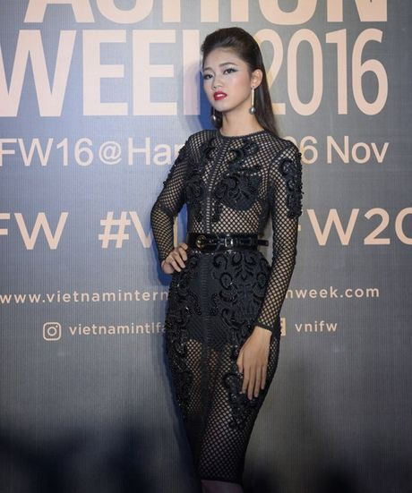 My Linh, Thanh Tu, Toc Tien do sac tren tham do 'Fashion Week 2016' - Anh 3