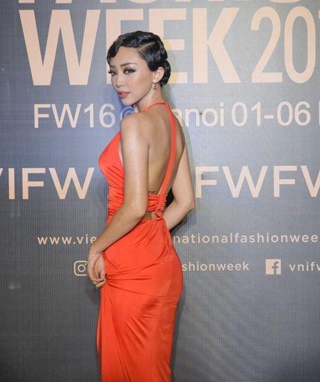 My Linh, Thanh Tu, Toc Tien do sac tren tham do 'Fashion Week 2016' - Anh 5