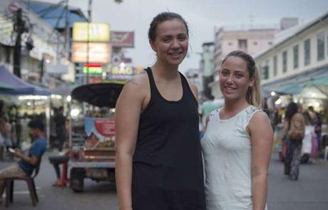 Khong khi pho den do Thai Lan trong mua cao diem du lich - Anh 6