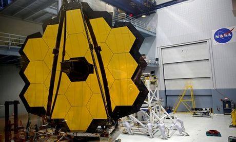 NASA hoan thanh kinh vien vong nhin nguoc qua khu hon 13 ty nam - Anh 1
