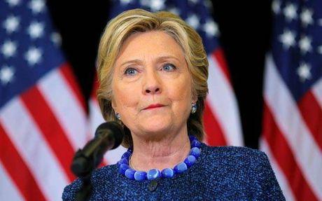 WikiLeaks qua quyet ba Clinton se bi bat giu va truy to - Anh 1
