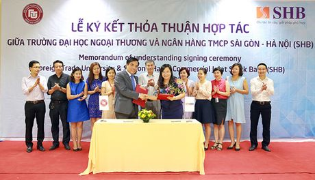 SHB hop tac dao tao phat trien nguon nhan luc chat luong cao - Anh 1