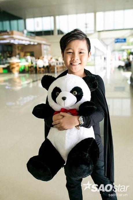 Hau The Voice Kids 2016, fan ra san bay tien Nhat Minh tro ve nha - Anh 4