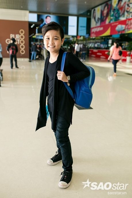 Hau The Voice Kids 2016, fan ra san bay tien Nhat Minh tro ve nha - Anh 5