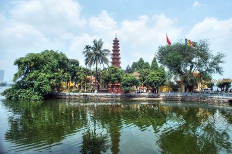 Ngam ngoi chua lot top 'dep nhat the gioi' cua Ha Noi - Anh 1