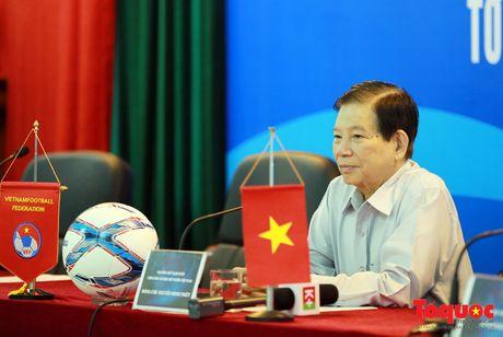 Nguyen Chu tich nuoc Nguyen Minh Triet danh gia cao dao tao bong da tre, phong trao - Anh 1