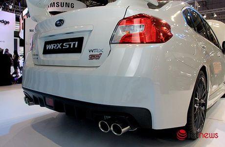 Anh chi tiet sedan the thao Subaru WRX STI 2017 tai Viet Nam - Anh 10