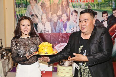 Huy Khanh, Vy Oanh den chuc mung sinh nhat Hoang Map - Anh 4
