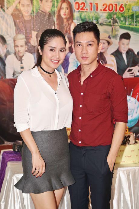 Huy Khanh, Vy Oanh den chuc mung sinh nhat Hoang Map - Anh 7